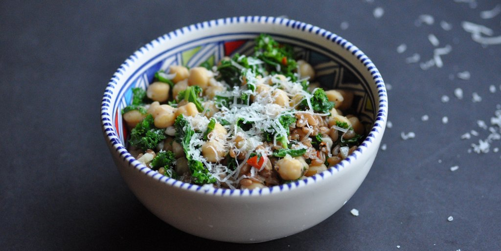 Weekday Chickpea Super Salad